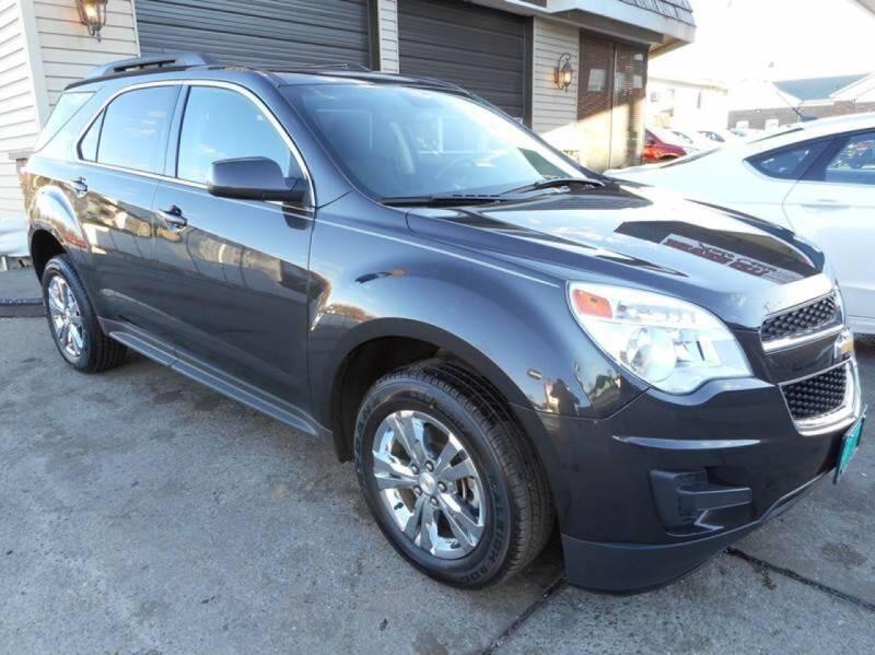 2015 Chevrolet Equinox for sale at River City Auto Center LLC in Chester IL