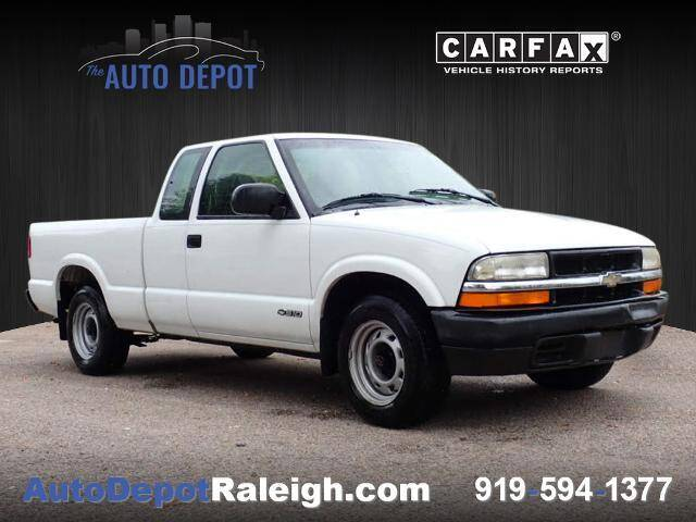 2000 Chevrolet S-10 for sale at The Auto Depot in Raleigh NC
