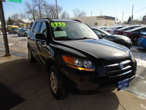2009 Hyundai Santa Fe for sale at DISCOVER AUTO SALES in Racine WI