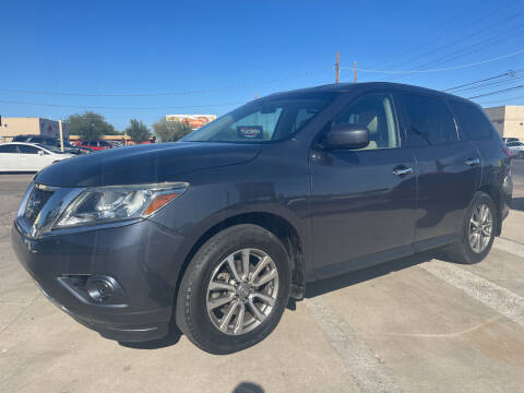 2014 Nissan Pathfinder for sale at Tucson Auto Sales in Tucson AZ