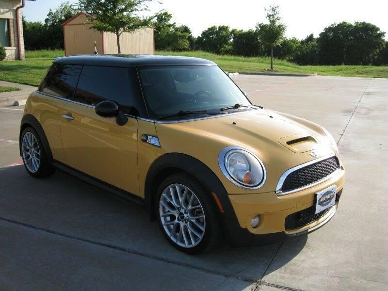 2007 MINI Cooper for sale at DFW AUTO FINANCING LLC in Dallas TX