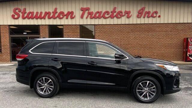 2019 Toyota Highlander for sale at STAUNTON TRACTOR INC in Staunton VA