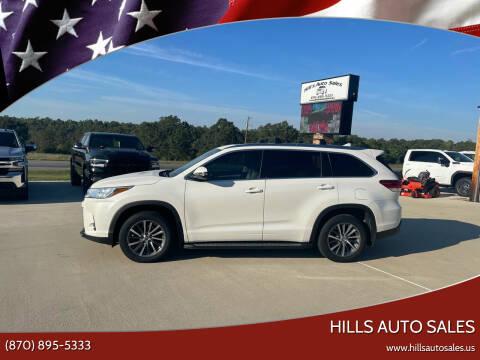 2018 Toyota Highlander for sale at Hills Auto Sales in Salem AR