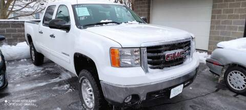 2008 GMC Sierra 2500HD for sale at Village Auto Outlet in Milan IL