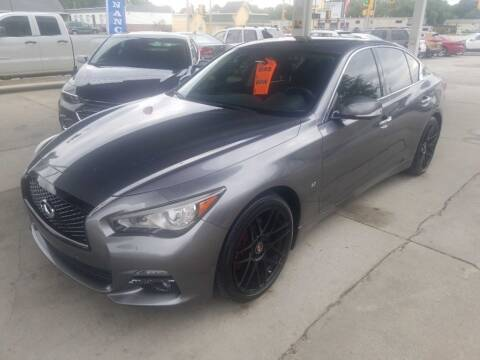 2014 Infiniti Q50 for sale at SpringField Select Autos in Springfield IL