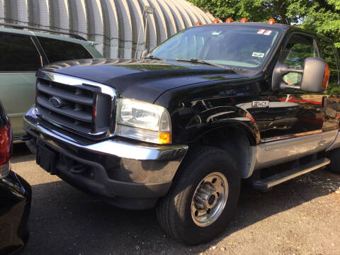 2004 Ford F-250 Super Duty for sale at Drive Deleon in Yonkers NY