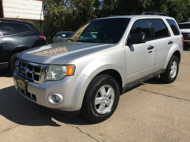 2009 Ford Escape for sale at Town and Country Auto Sales in Jefferson City MO
