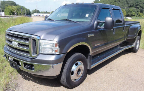2005 Ford F-350 Super Duty for sale at JACKSON LEASE SALES & RENTALS in Jackson MS