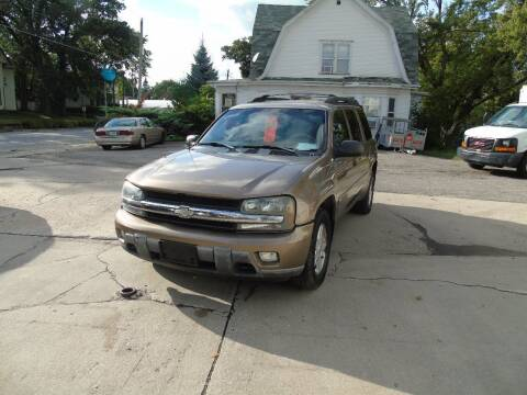 2003 Chevrolet TrailBlazer for sale at C&C AUTO SALES INC in Charles City IA