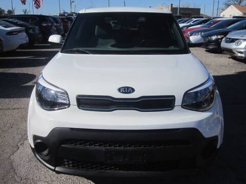 2017 Kia Soul for sale at T & D Motor Company in Bethany OK