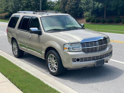 2007 Lincoln Navigator for sale at Two Brothers Auto Sales in Loganville GA