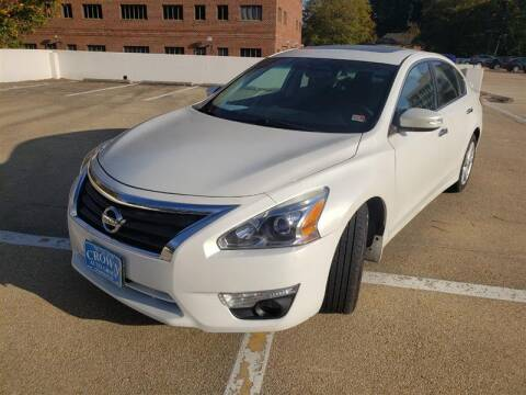 2015 Nissan Altima for sale at Crown Auto Group in Falls Church VA