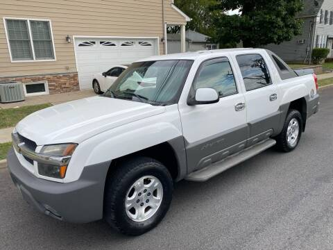 2002 Chevrolet Avalanche for sale at Jordan Auto Group in Paterson NJ