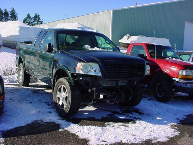 2004 Ford F-150 for sale at VOA Auto Sales in Pontiac MI