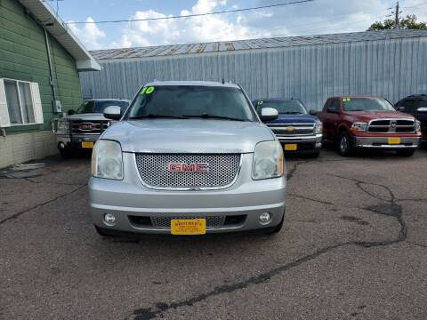 2010 GMC Yukon XL for sale at Brothers Used Cars Inc in Sioux City IA