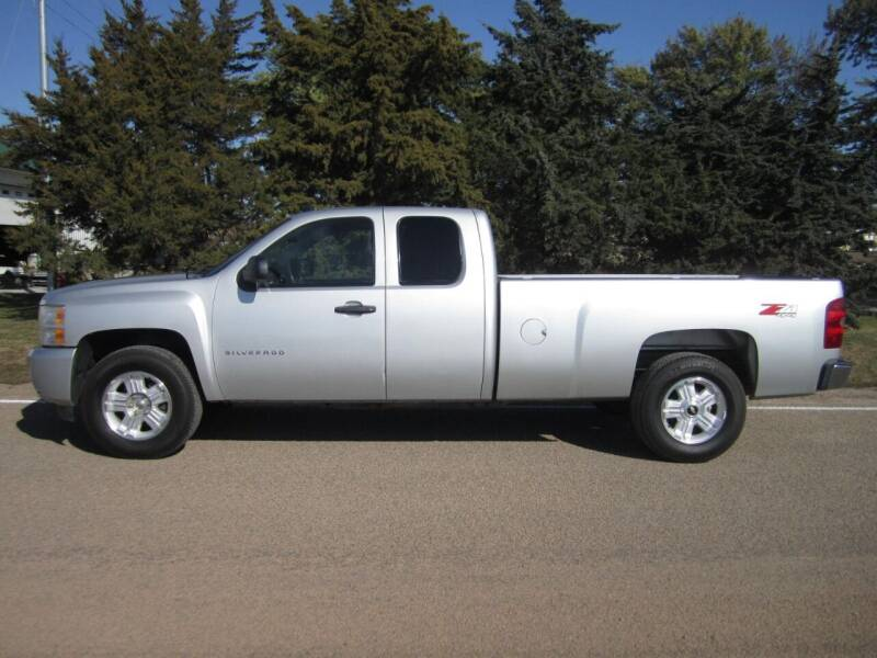 2011 Chevrolet Silverado 1500 for sale at Joe's Motor Company in Hazard NE