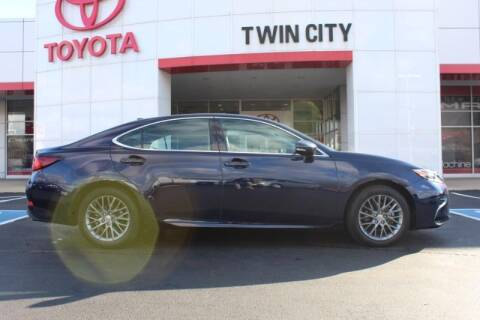 2018 Lexus ES 350 for sale at Twin City Toyota in Herculaneum MO