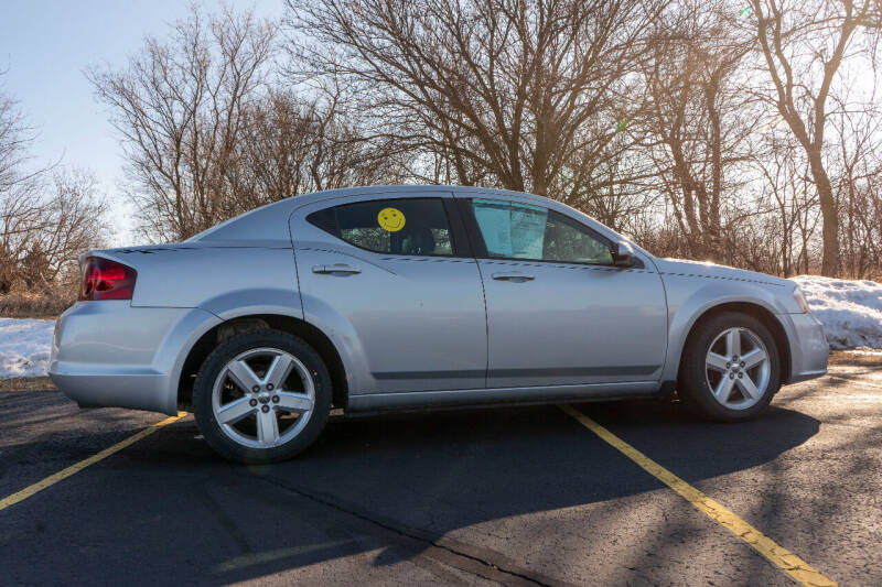 2012 Dodge Avenger for sale at Apple Tree Auto Sales in Adrian MI