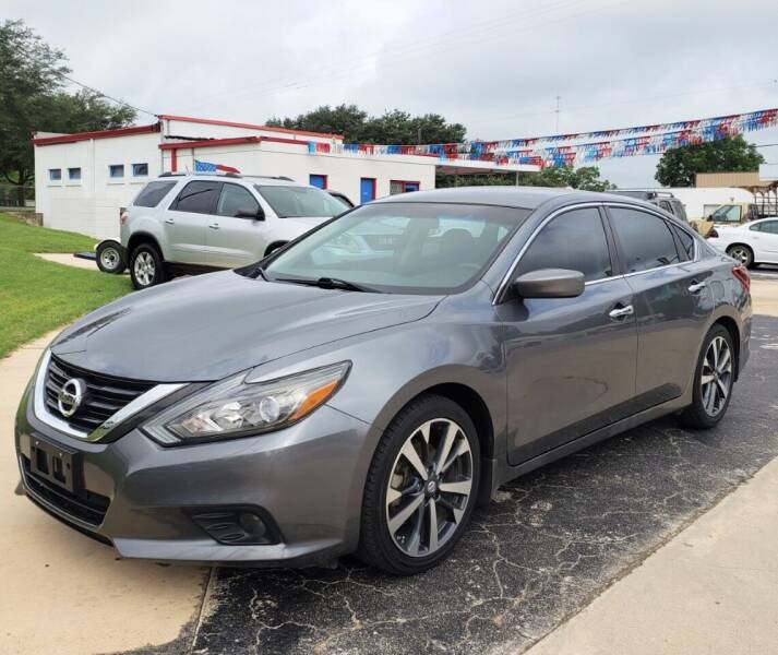 2017 Nissan Altima for sale at Rons Auto Sales in Stockdale TX