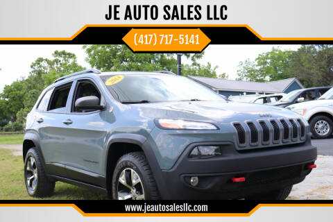 2014 Jeep Cherokee for sale at JE AUTO SALES LLC in Webb City MO