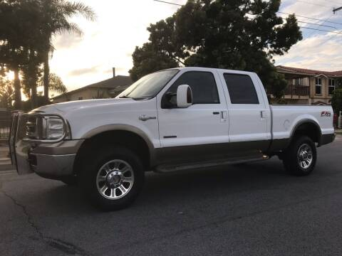 2005 Ford F-350 Super Duty for sale at CALIFORNIA AUTO GROUP in San Diego CA