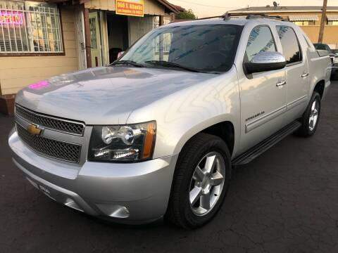 2012 Chevrolet Avalanche for sale at Plaza Auto Sales in Los Angeles CA