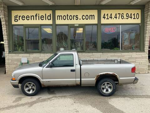 1999 Chevrolet S-10 for sale at GREENFIELD MOTORS in Milwaukee WI
