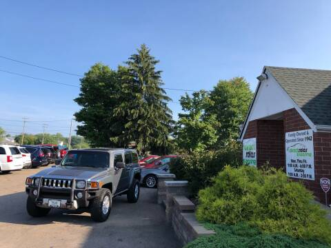 2009 HUMMER H3 for sale at Direct Sales & Leasing in Youngstown OH