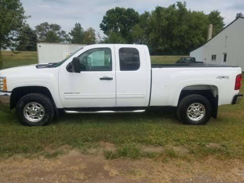 2009 Chevrolet Silverado 2500HD for sale at ROB'S AUTO SALES in Ridgeway IA