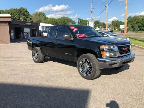 2005 GMC Canyon for sale at Bob's Imports in Clinton IL