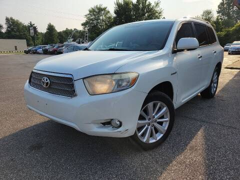 2008 Toyota Highlander Hybrid for sale at Cruisin' Auto Sales in Madison IN