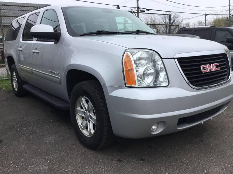 2014 GMC Yukon XL for sale at eAutoDiscount in Buffalo NY