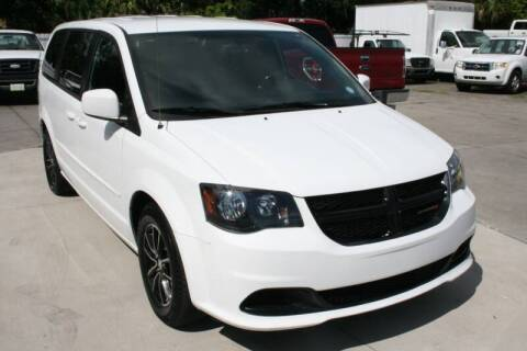 2015 Dodge Grand Caravan for sale at Mike's Trucks & Cars in Port Orange FL