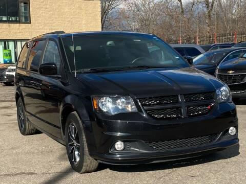 2019 Dodge Grand Caravan for sale at Car Source in Detroit MI
