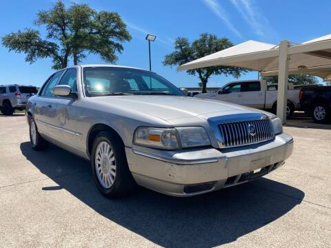 2007 Mercury Grand Marquis for sale at Thornhill Motor Company in Hudson Oaks, TX