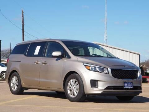 2016 Kia Sedona for sale at Douglass Automotive Group in Central Texas TX