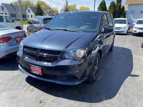 2014 Dodge Grand Caravan for sale at CLASSIC MOTOR CARS in West Allis WI