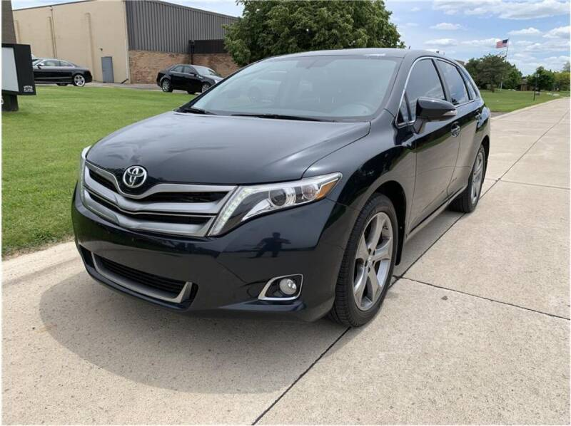 2013 Toyota Venza for sale at Metro Car Co. in Troy MI