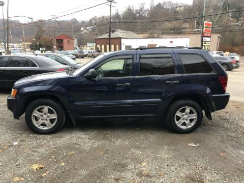 2006 Jeep Grand Cherokee for sale at Compact Cars of Pittsburgh in Pittsburgh PA