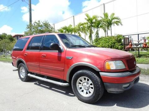 2002 Ford Expedition for sale at SUPER DEAL MOTORS in Hollywood FL