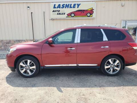 2013 Nissan Pathfinder for sale at Lashley Auto Sales in Mitchell NE