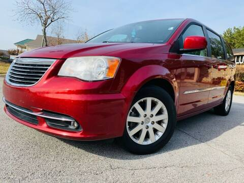 2013 Chrysler Town and Country for sale at Classic Luxury Motors in Buford GA