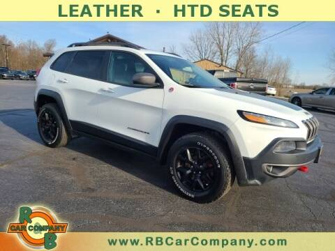 2015 Jeep Cherokee for sale at R & B CAR CO - R&B CAR COMPANY in Columbia City IN