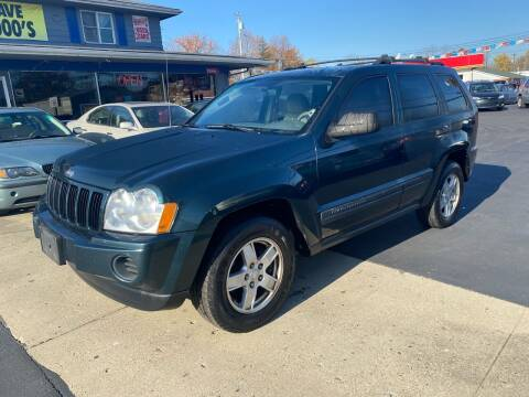 2005 Jeep Grand Cherokee for sale at Wise Investments Auto Sales in Sellersburg IN