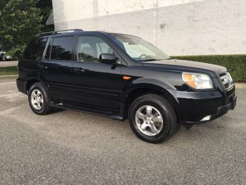2006 Honda Pilot for sale at Select Auto in Smithtown NY