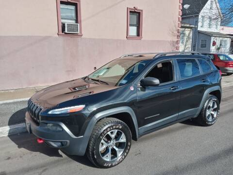 2014 Jeep Cherokee for sale at Cali Auto Sales Inc. in Elizabeth NJ