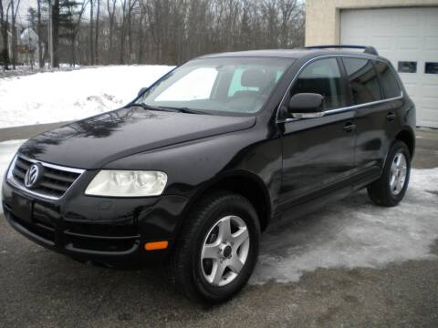 2005 Volkswagen Touareg for sale at Route 111 Auto Sales in Hampstead NH