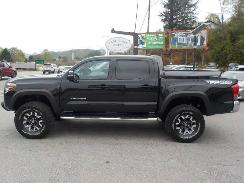 2017 Toyota Tacoma for sale at EAST MAIN AUTO SALES in Sylva NC
