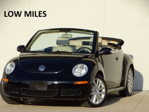 2010 Volkswagen New Beetle Convertible for sale at Chicago Motors Direct in Addison IL