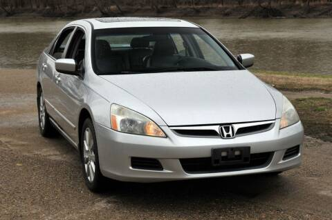 2006 Honda Accord for sale at Auto House Superstore in Terre Haute IN